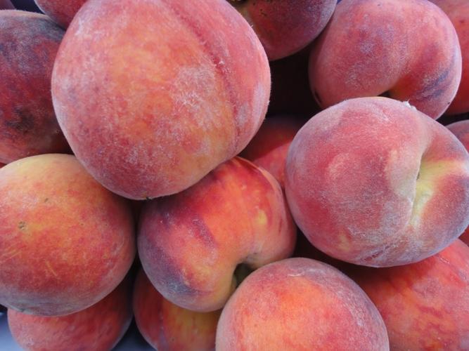 Peaches-fullframe
